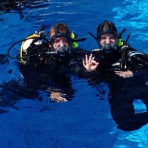 Using full face masks in diving allows you to use radio communication